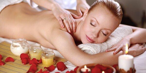 80minutová masáž zad růžovým olejem se zábalem