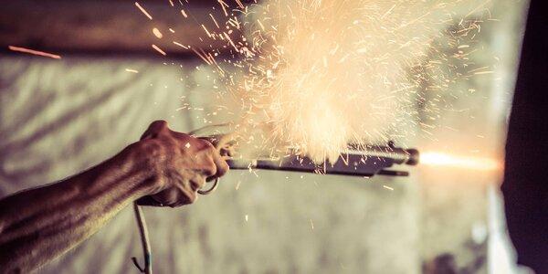 Třaskavý zážitek: Střelba z historických zbraní