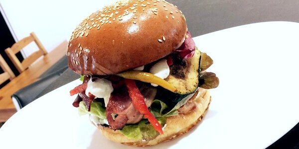 Ultimátní burgerové menu v Blackders Burgers