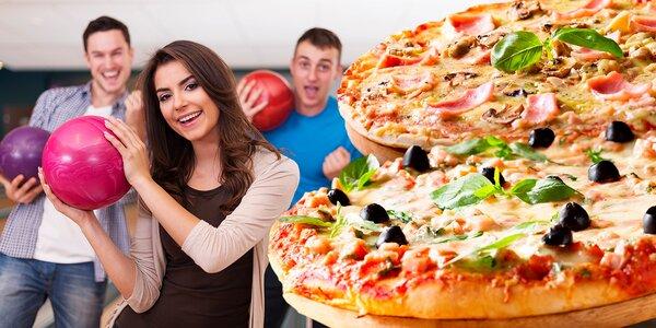 Hodina bowlingu a 2x pizza pro partu přátel