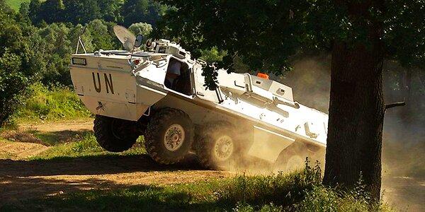 Prohlídka vojenské techniky s jízdou v OT-64