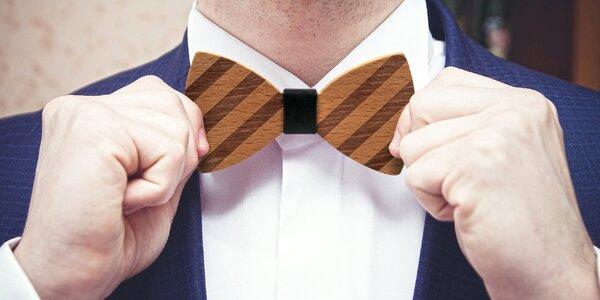 Novinka plesové sezóny: Dřevěný pánský motýlek