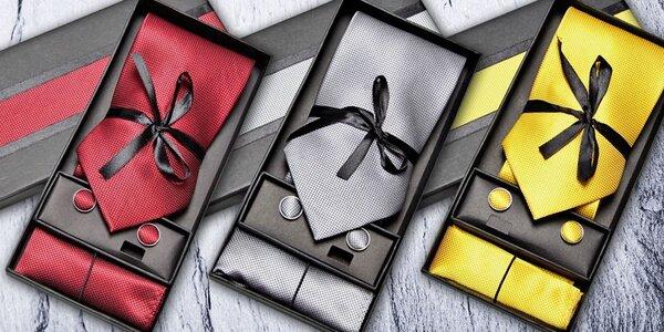 Dárková sada s kravatou a dalšími doplňky