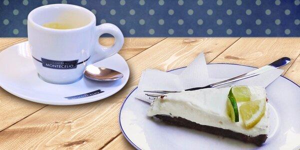 Sladký dezert a voňavá káva v kavárně Fantazie