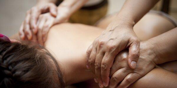 Královská masáž dvěma masérkami najednou