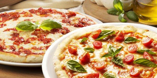 2 italské pizzy v originální pizzerii