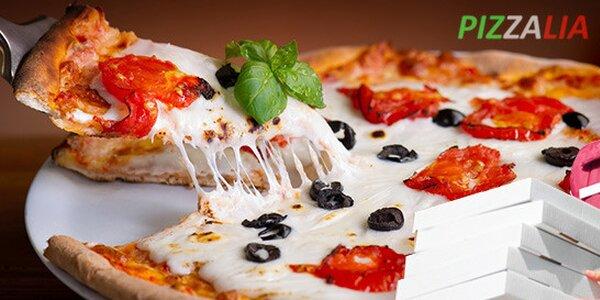 Dvě italské pizzy včetně rozvozu