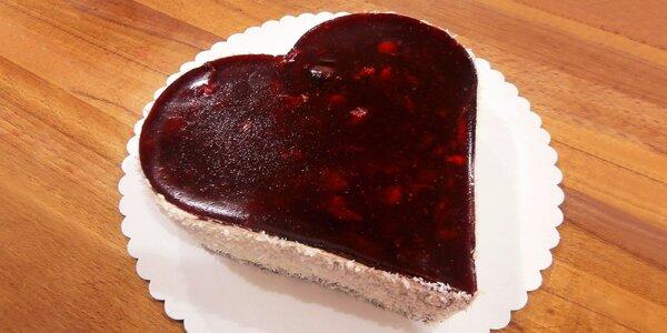 Valentýnský dort ve tvaru srdce to řekne za vás