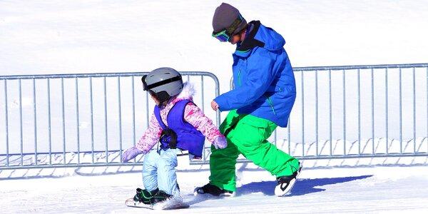 Lekce snowboardingu včetně skipasu