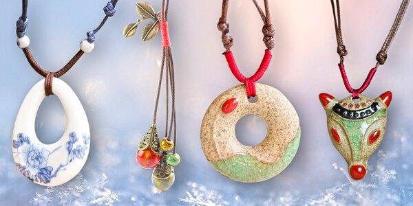 Krásné náhrdelníky ¡míralo! vyrobené z porcelánu a keramiky