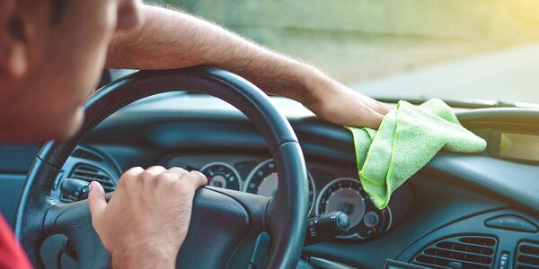 Profesionální čištění interiéru vozu