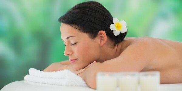 Hodinová masáž v salonu Royal Jasmine Spa