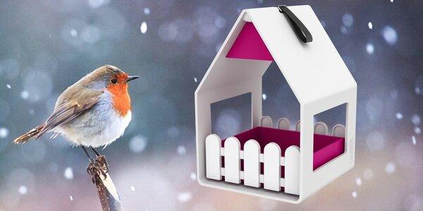 Nenechte ptáčky strádat: krmítka značky EMSA