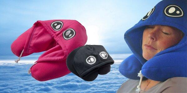 Cestovní polštář s kapucí pro klidný spánek