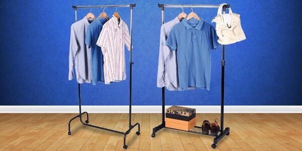 Němý sluha pro odkládání oblečení