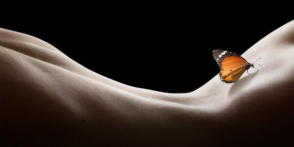 Uvolnění i vzrušení: tantra masáž ve tmě