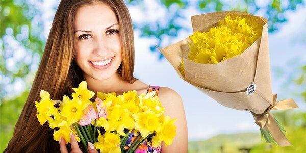 Jarní kytice 20 narcisů z Holandska se vzkazem