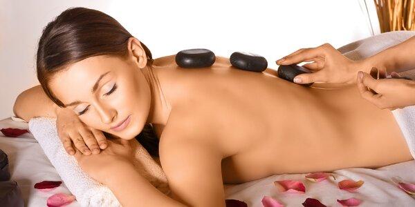 Hodinová masáž celého těla lávovými kameny