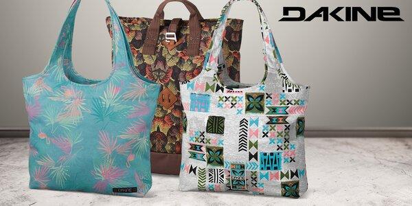 Dámské tašky Dakine: Vylaďte jarní outfit