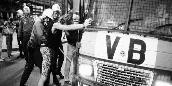 Napětí pro partu: Návrat do roku 1989
