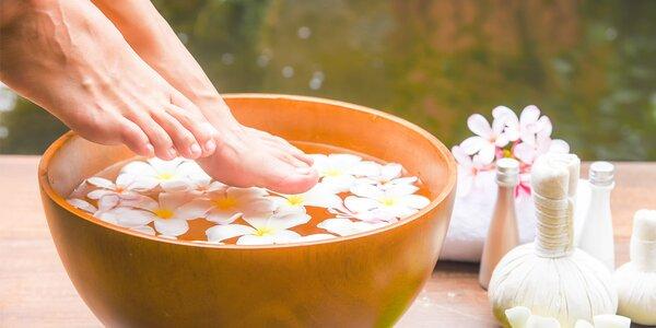 Pedikúra: Odpočinek a osvěžení pro vaše nohy