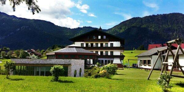 Do Dachsteinu za visutým mostem a turistikou