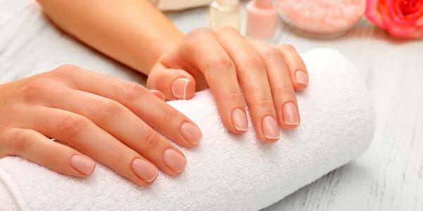 Manikúra klasik a potah gellakem na přírodní nehty
