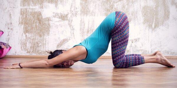 Online jógové rozcvičky: 7 videí pro každý den