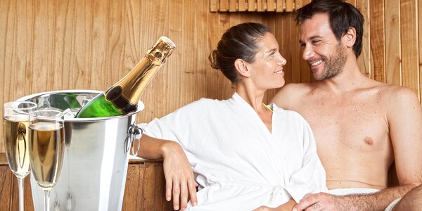 3 hodiny v privátní sauně a lahev sektu pro 2