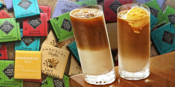 Ledová káva se zmrzlinou a degustační čokoládky