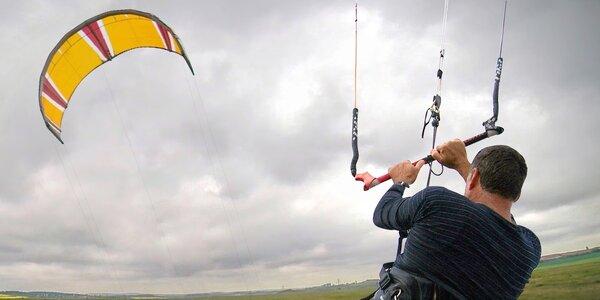 Základní lekce nebo 1denní kurz landkitingu