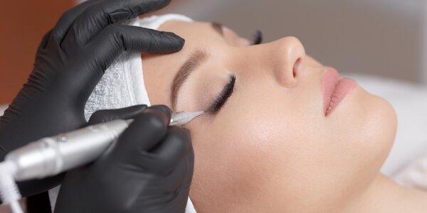 Permanentní make-up horních linek