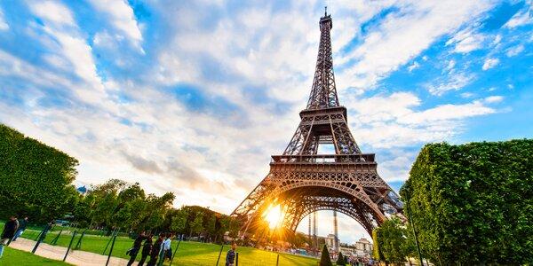 Romantika v Paříži: hotel se snídaní pro dva