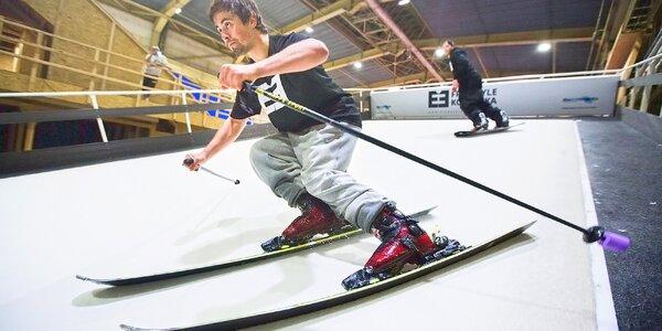 Letní lyžování: trénink a jízda na simulátoru