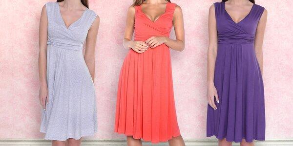 Letní šaty bez rukávů s nařaseným dekoltem