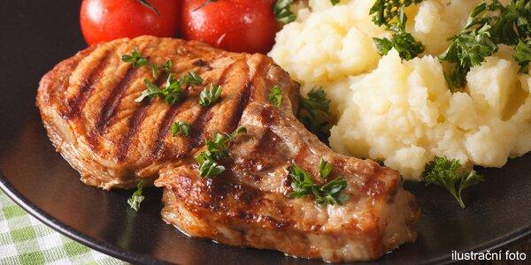 Masová hostina pro 4 osoby v restauraci U Bizona