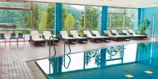 Rakouské Alpy: pobyty s polopenzí a bazénem