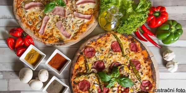 2x libovolná pizza připravená v peci na dřevo