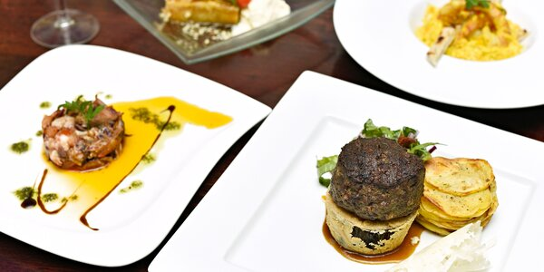 Steak z hovězího masa Wagyu a další chody pro 2