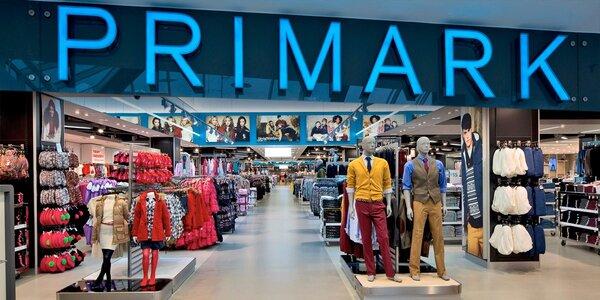 Primark busem: nákup oblečení a vánočních dárků