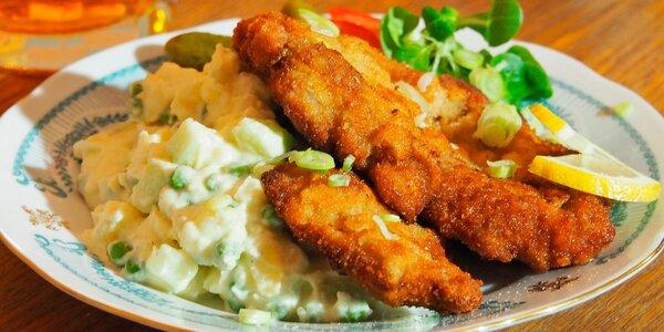 Řízek s bramborovým salátem od Marcela Ihnačáka