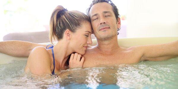 Hodina relaxace s hydromasáží ve vířivce pro 2