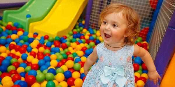 Celodenní vstup do dětské herny a občerstvení
