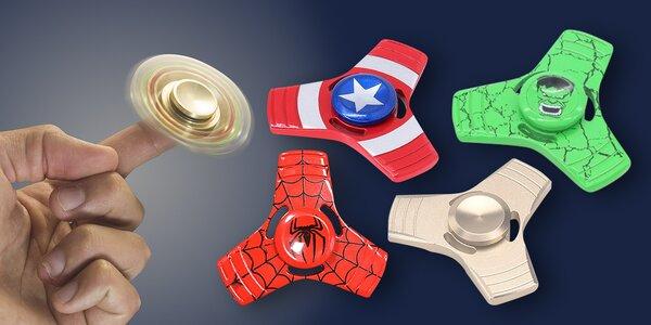 Fidget spinner: antistresová hračka i frajeřinka