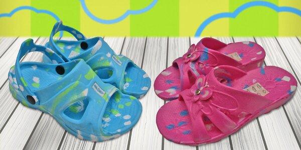 Dětské nazouváky a sandálky několika barev i variant