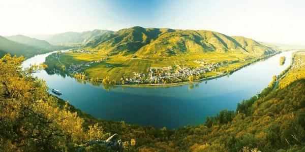 Romantické údolí Wachau s možností plavby lodí