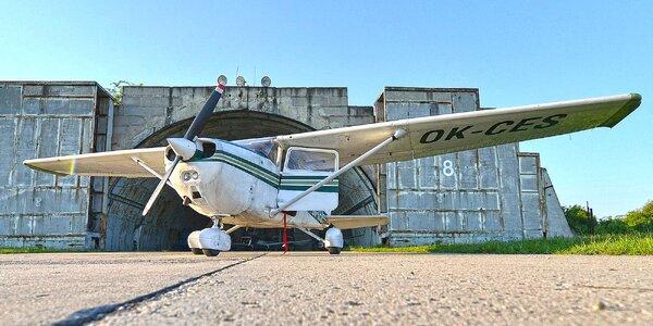 Let nad Pálavou: 60 minut pro 1 až 3 osoby