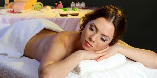 Hloubková relaxační masáž ve tmě na 60 minut