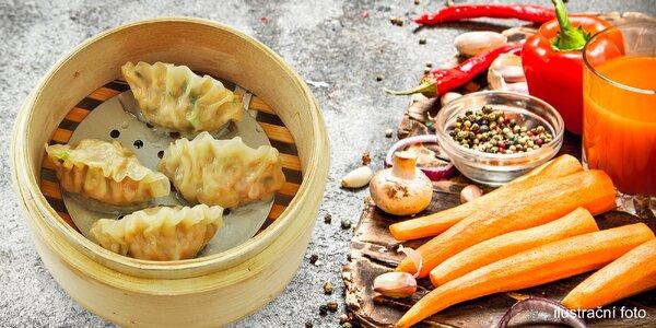 Čínské knedlíčky Shao mai a čerstvý džus s sebou