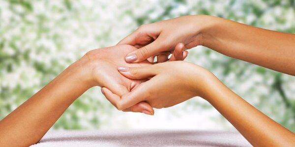 Hřejivý parafínový zábal s masáží a peelingem rukou